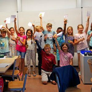 Stolze Sieger*innen im Mathe-Wettbewerb