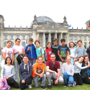 Unsere 5. Klasse zu Gast im Bundestag